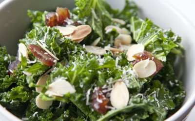 Crunchy Kale Salad with Parmesan cheese & Almonds